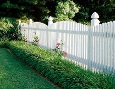 9 Considerate Clever Ideas: Vinyl Fence Picket fence diy step by step.Fence For Backyard Patio garden fencing planters.Black Fence Grey Shed. Fence Landscaping, Backyard Fences, Garden Fencing, Fenced In Backyard Ideas, Pool Fence, Fence Around Pool, Luxury Landscaping, Backyard Privacy, Landscaping Software