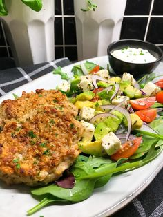 Lchf, Keto, Salmon Burgers, Nom Nom, Cake Recipes, Food And Drink, Low Carb, Chicken, Dinner