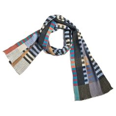 NUNO Narrow Shawl: