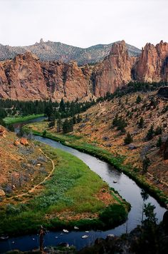 Crooked River, Smith Rock | Oregon (by Andy Bokanev| Tumblr)