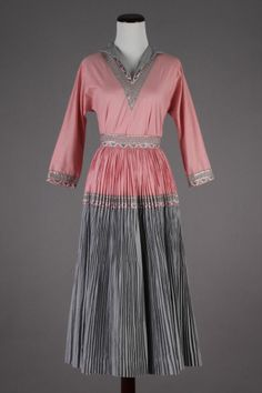 50s VTG Pink & Grey New Mexico Fiesta Squaw Patio Square Dancing 2-pc Dress