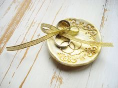 Round Gold Wedding Ring Holder Bowl Dish Trinket by WeddingMoodArt Wedding Rings Vintage, Gold Wedding Rings, Gold Rings, Ring Holder Wedding, Ring Pillow, Ring Dish, Washer Necklace, Engagement Rings, Enagement Rings