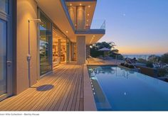 Africa travel accommodation Villa Bantry House, Cape Town, South Africa.