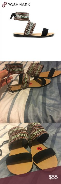 Rebecca Minkoff Emma Sandal in tribal woven  sz 10 Brand new w/tags. Super cute Rebecca Minkoff Emma Sandal in tribal woven  sz 10 Rebecca Minkoff Shoes Sandals
