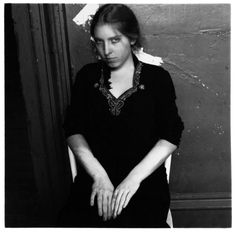 Francesca Woodman was an American photographer (April 1958 - January She was born in Denver, Colorado, but later relocated to study at the Rhode Island School of Design in Providence, Rhode Island. Francesca Woodman, Rhode Island, Persona, The Woodman, Best Documentaries, Art Corner, Black And White Pictures, Black White, Artistic Photography