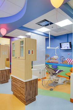 Looking for children's dental clinic near you? We are a leading pediatric dentistry and orthodontics serving Carmel Valley, Del Mar & nearby areas. Dentist Clinic, Pediatric Dentist, Clinic Interior Design, Clinic Design, Medical Office Design, Healthcare Design, Dental Hygiene, Dental Care, Dental World