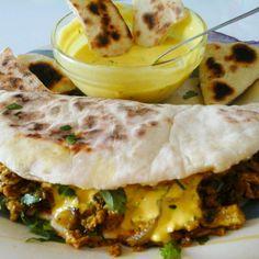 Indiai tojásos tortilla, mentás fűszeres joghurtos öntettel