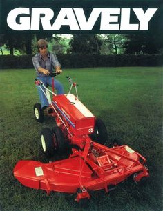 Throwback to a 1981 product catalog featuring a classic two-wheel tractor. Small Tractors, Old Tractors, Lawn Tractors, Tractor Mower, John Deere Garden Tractors, New Tractor, Under Deck Landscaping, Walk Behind Tractor, Deck Fire Pit