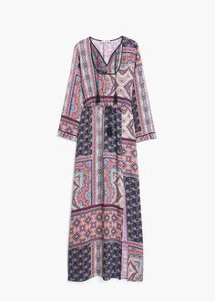 Długa wzorzysta sukienka