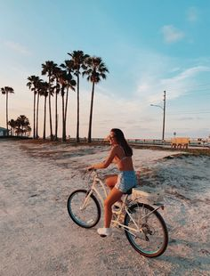 See more of theamericandreamlife's content on VSCO. Beach Aesthetic, Summer Aesthetic, Aesthetic Photo, Aesthetic Pictures, Vsco Pictures, Cute Pictures, Beach Pictures, Summer Feeling, Summer Vibes