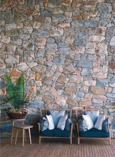 and that stone wall!My Paradissi Hotel Fasano, Stone Houses, Cottage Homes, Interior And Exterior, Interior Plants, Interior Design, Garden Projects, Architecture Details, Decoration