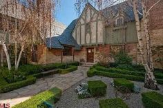 Kate Hudson's new house Pacific Palisades