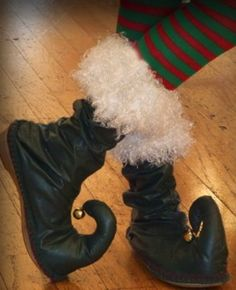 Musing with Marlyss: How to make elf shoes.