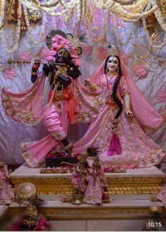 Lord Krishna Wallpapers, Radha Krishna Wallpaper, Radha Krishna Pictures, Radha Krishna Photo, Krishna Photos, Iskcon Krishna, Shree Krishna, Radhe Krishna, Srila Prabhupada