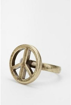 Peace sign ring @Sydney Ristau