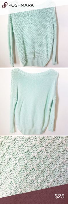 American Eagle Mint Sweater Very cute and cozy || Size XS, could fit a S || Condition 9/10, worn a few times || 🅿️🅿️ $20 f&f, $22 g&s American Eagle Outfitters Sweaters