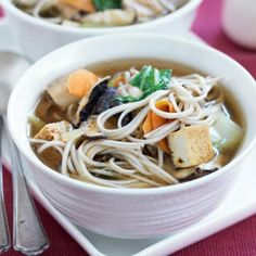 Tofu, shiitake and soba noodle soup Healthy Soup Recipes, Healthy Food, Noodle Soup, Meal Planner, Tofu, Vegetarian, Yummy Food, Nutrition, Diet