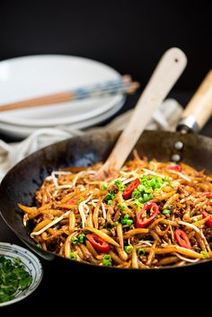 Malaysian Lo Shu Fun (Fried Rice Noodles) - Malaysian's favorite street noodles on the table in less than 15 minutes. Easy, smoky & delicious.