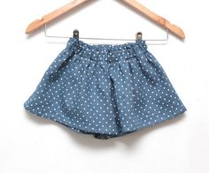 Girls polka dot ruffle shorts in blue soft linen Toddler girl summer culottes  // Size US1-6 (EU80-116)