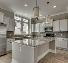 Myrtle Beach, South Carolina is calling my name! Gorgeous kitchen by D.R. Horton #FindYourHome