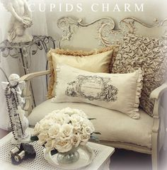 Over here transcribed rustic shabby chic home Decor, Shabby Chic, Interior, French Country Decorating, Country Decor, Shabby, Chic Decor, Home Decor, Pillows