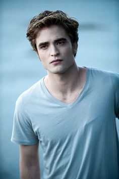Edward Cullen aka Robert Pattinson