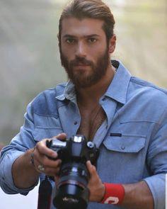Turkish Men, Turkish Actors, Turkish Fashion, Film Aesthetic, Mans World, Male Face, Best Actor, Simple Dresses, Gorgeous Men