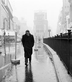 USA. New York City. 1955. James Dean haunted Times Square. For a novice actor in the fifties this was the place to go. The Actors Studio, di...