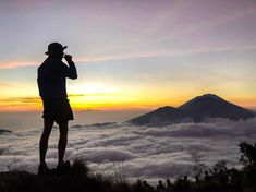 Mount Batur sunrise trek is an incredible experience. If breathtaking views and an endorphin high is up your alley, then read this post first. Gili Island, Rice Terraces, Active Volcano, How To Stay Awake, Adventure Tours, Bali Travel, Ubud, Best Couple, Where To Go