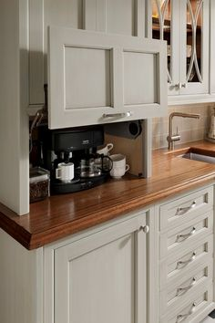 Kitchen Cabinet Colors - CHECK THE PIN for Lots of Kitchen Cabinet Ideas. 44285287 #kitchencabinets #kitchens