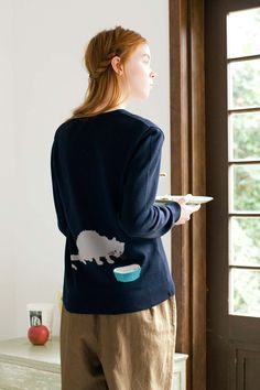 後ろ姿がポイントです。|ただいまおしょくじ中~ニットカーディガン〈ミルクを飲むねこ〉 Casual Wear, Trendy Fashion, Underwear, Men Sweater, Popular, Clothes For Women, Syrup, Sweaters, How To Wear