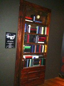Bookshelf Door Conceals Entrance To Secret Room In Pisseria Vesuvius Pizzeria Atlanta Has A The Back Thats Concealed Behind This