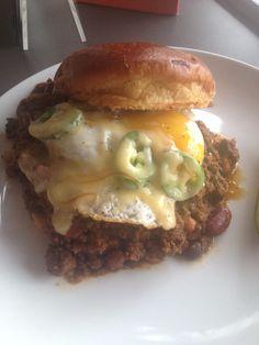 blanc burgers -  tank 7 kobe chili, 4 bean, bacon, chipotle aioli, fried egg, fresh jalapeños, gouda cheese...Westport location only