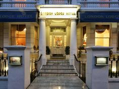 London London Lodge Hotel United Kingdom, Europe The 3-star London Lodge Hotel offers comfort and convenience whether you're on business or holiday in London. The hotel offers guests a range of services and amenities designed to provide comfort and convenience. Free Wi-Fi in all rooms, 24-hour security, daily housekeeping, fax machine, gift/souvenir shop are just some of the facilities on offer. Comfortable guestrooms ensure a good night's sleep with some rooms featuring facil...