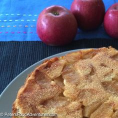 This is the best Russian Apple Cake recipe. It's light, fluffy, moist and delicious. Not an apple pie, but a cake sprinkled with cinnamon sugar - Rita's Sharlotka Apple Cake (Шарлотка) Russian Apple Cake Recipe, Apple Cake Recipes, Apple Desserts, Russian Recipes, Easy Desserts, Baking Recipes, Delicious Desserts, Dessert Recipes, Yummy Food