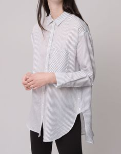 OVERSIZED LONG-SLEEVED SHIRT - BLOUSES AND SHIRTS - WOMAN - PULL&BEAR Germany
