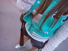 i love her jacket, i have a two like this and there so comfortable!