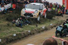 WRC - Rally Australia 2014 - Chase chopper + car airborne