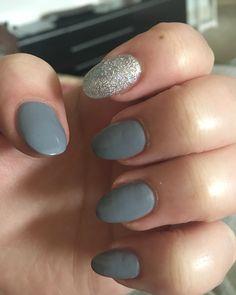 January's nails #nails #acrylic #oval