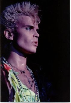 Billy Idol! Coolest Dude Ever!he has kissable lips