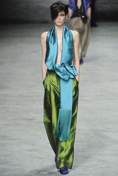 Haider Ackermann Spring 2012 Ready-to-Wear Fashion Show - Kristina Salinovic