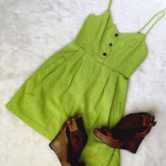 Urban Outfitters Lime Mini Sundress Festivals to farmer's markets, this is easy to dress up (wedges!) or down (your favorite chucks) for the warm weather. Tagged small, measurements make it more of an XS. Urban Outfitters Dresses Mini