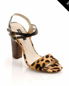 Everygirl needs shoes so why not go for cheetah?