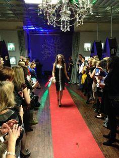 Events, Crown, Fashion, Moda, Corona, Fashion Styles, Fashion Illustrations, Crowns, Crown Royal Bags