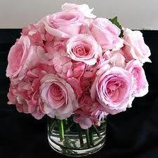 Hydrangeas and Rose mix. Gorgeous.