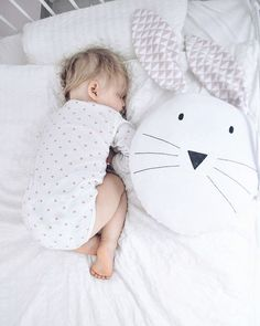 Großes Hasenkissen in Weiß zum Kuscheln, Kinderspielzeug / big bunny pillow in white, children's soft toy made by Mausi&Co. via DaWanda.com
