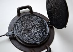 7882609b7043 Very old vintage cast iron waffle maker and base ring Norwegian krumkake  iron Pizzelle press Krumcake