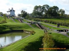 What a beautiful picture of Foxton Locks! Take a 14 night holiday from Union Wharf, passing through Foxton Locks, when completing the Leicester Ring. www.abcboathire.com