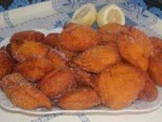 Bilheracos ou Bolinhos de Abóbora Portuguese Desserts, Portuguese Recipes, Portuguese Food, Breakfast Recipes, Snack Recipes, Snacks, Beignets, My Favorite Food, Favorite Recipes