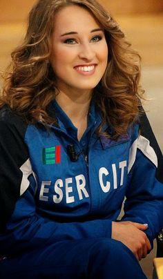 Hot female sports players: Italian female gymnast Carlotta Ferlito